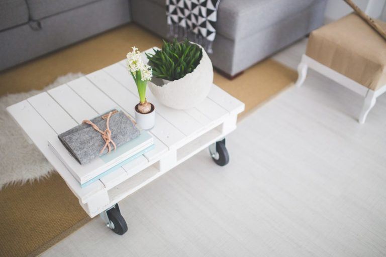 How to Declutter Your Home for Simple Living?