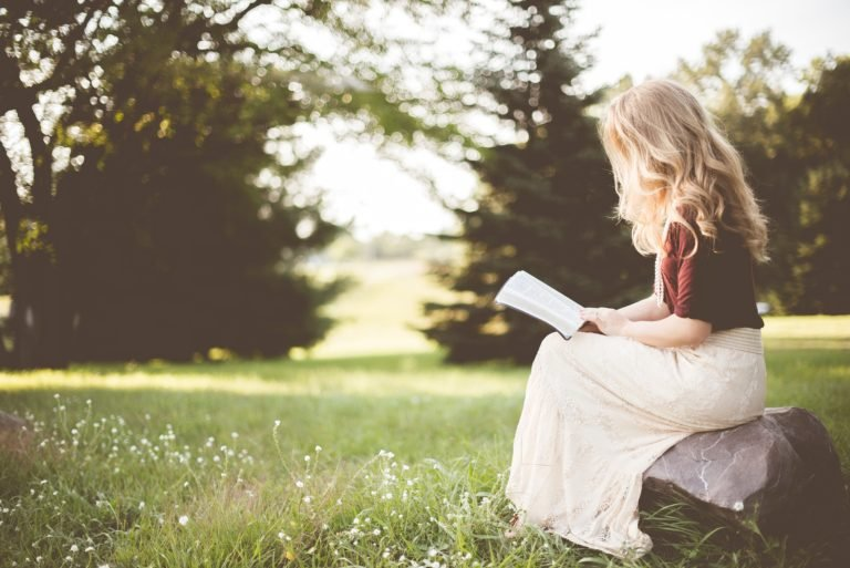 40 Best Self Help Books for Women (To Read in 2020)