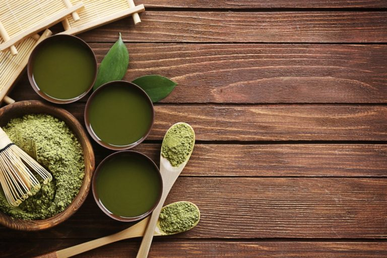 Best Green Superfood Powders (To Buy in 2021)