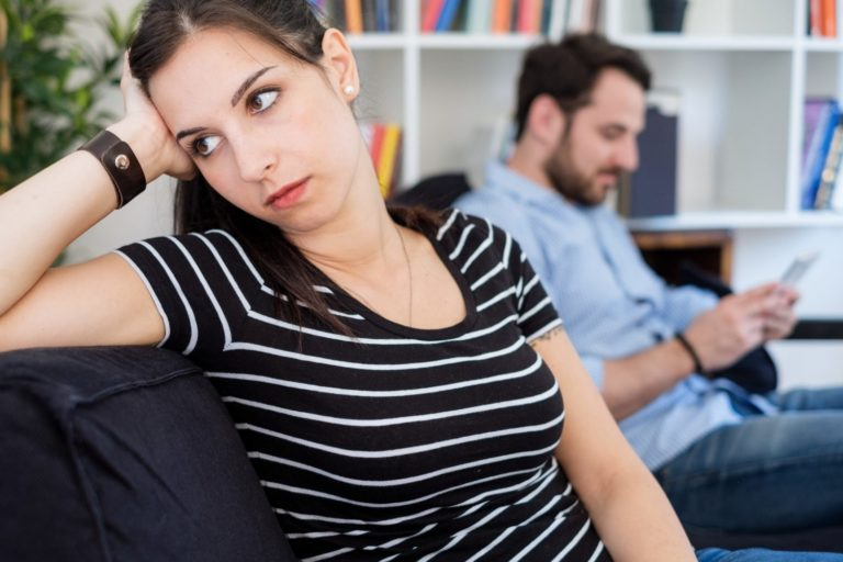 Signs He's Not into You, According to 8 Experts