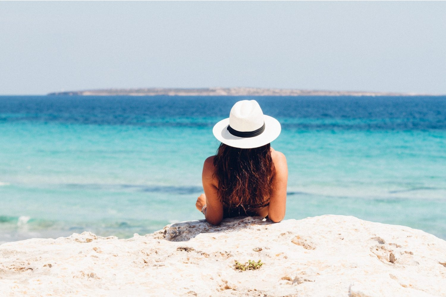 37 Beach Quotes To Help You Unwind