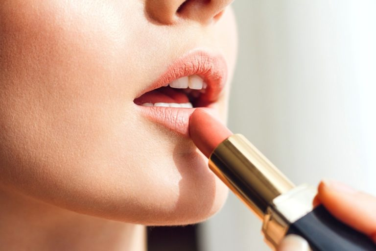 Best Drugstore Lipstick, According to 4 Experts