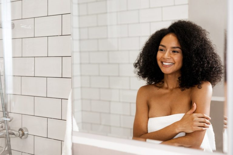 Best Shampoo and Conditioner for Curly Hair (According to 5 Experts)