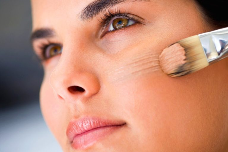 Best Foundation for Dry Skin, According to 6 Experts