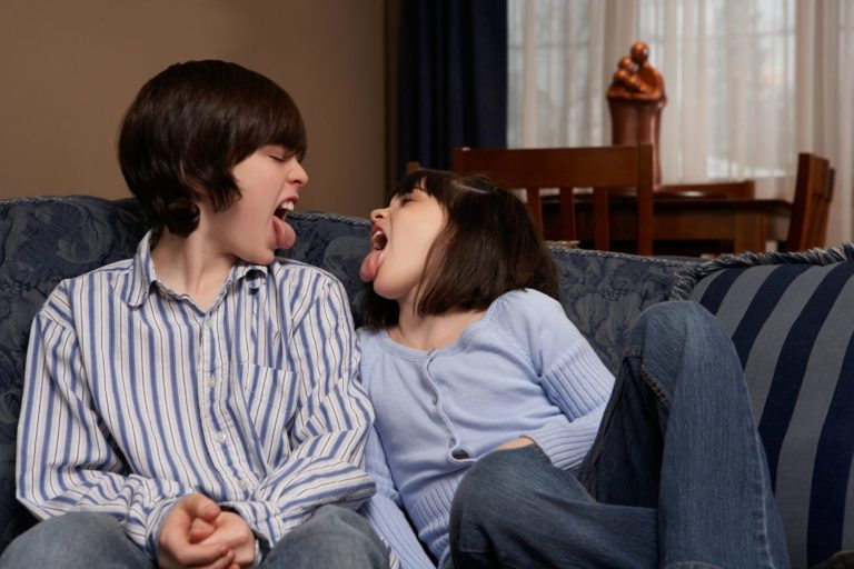 How to Deal with Annoying, Difficult, and Disrespectful Siblings, According to 7 Experts