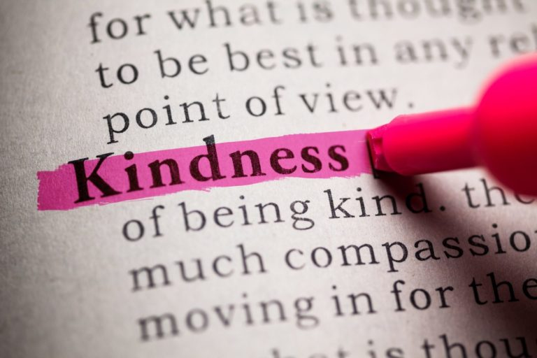 50+ Random Acts of Kindness (The Ultimate List)