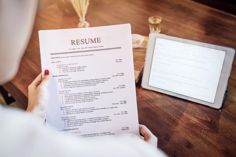 Can You Leave a Job off Your Resume? (According to Experts)