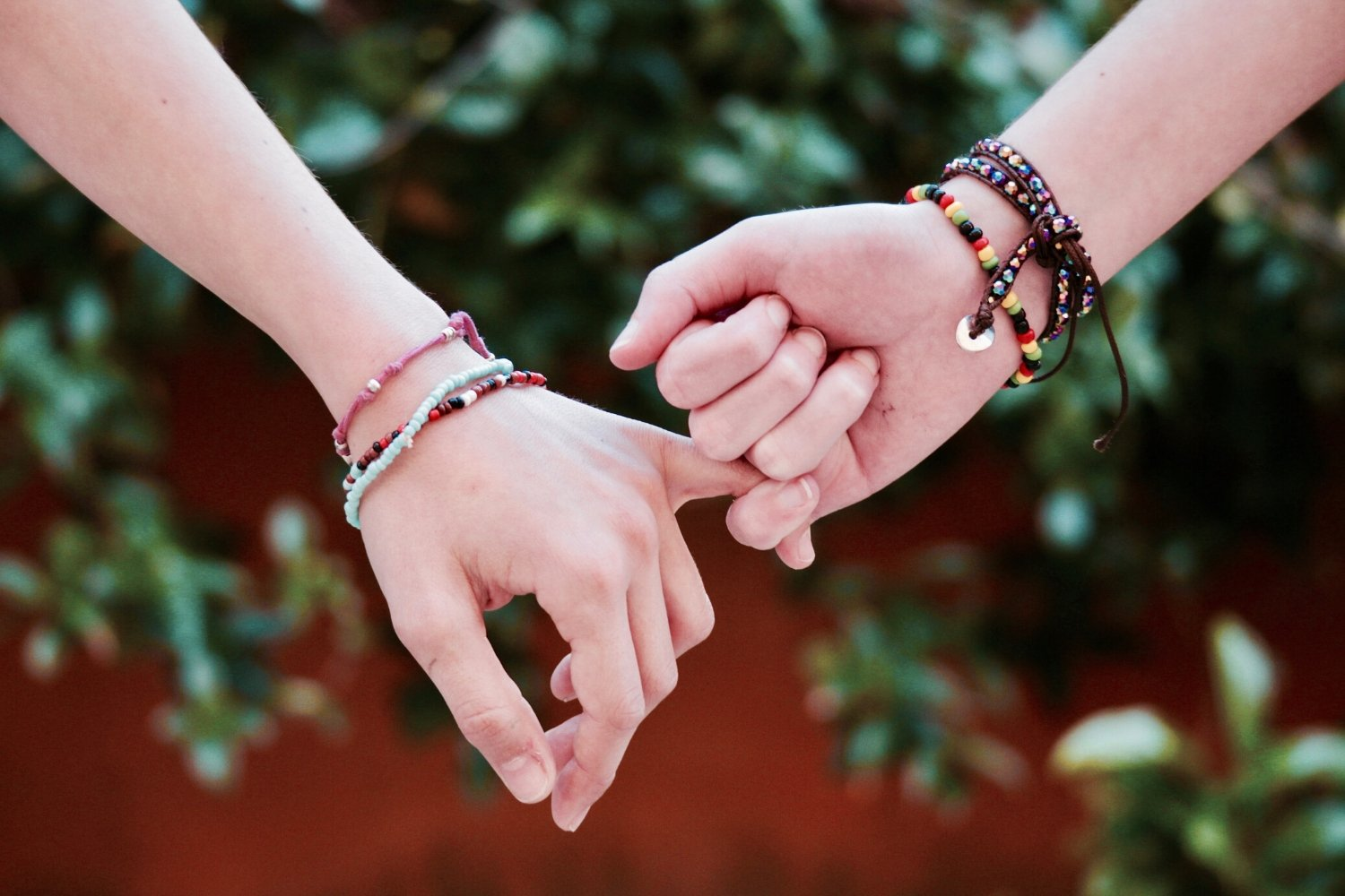 What's the Difference Between a Friend and Acquaintance