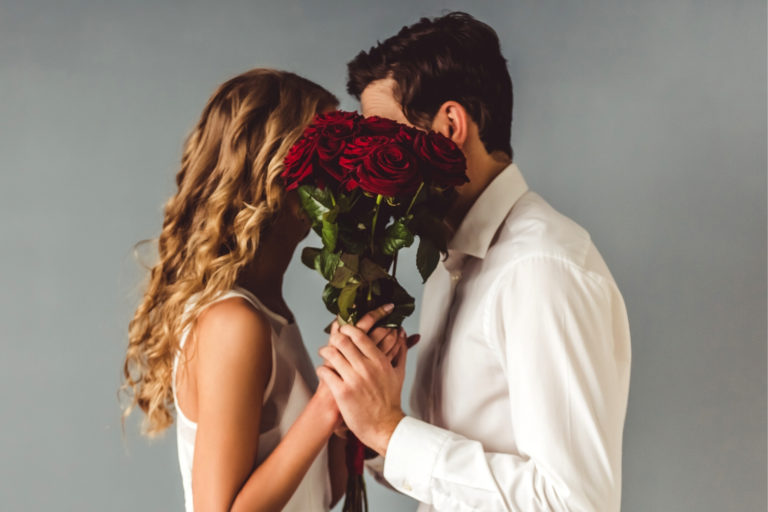 20+ Signs He Wants to Marry You