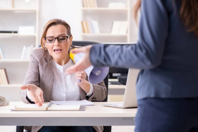 How to Deal With a Bad or Difficult Boss