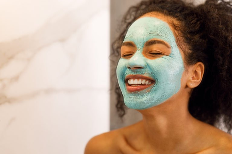 Why You Should Switch to a Personalized Skincare Regimen